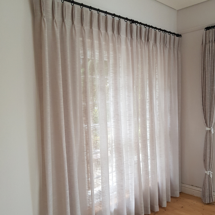 Curtain Rods-Rails-Blinds Installation (10)