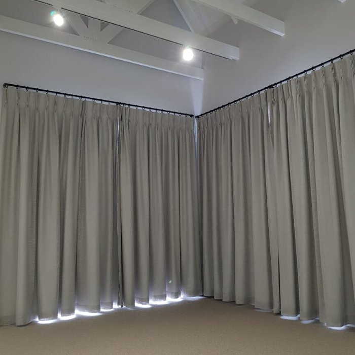 Curtain Rods-Rails-Blinds Installation (13)