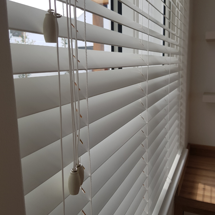 Curtain Rods-Rails-Blinds Installation (20)
